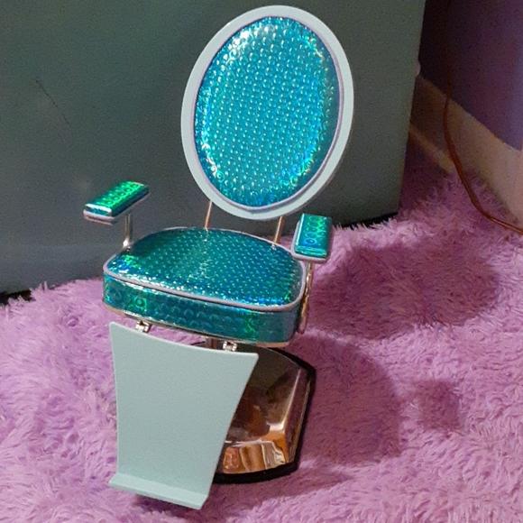 American Girl Salon Chair 18 inch doll